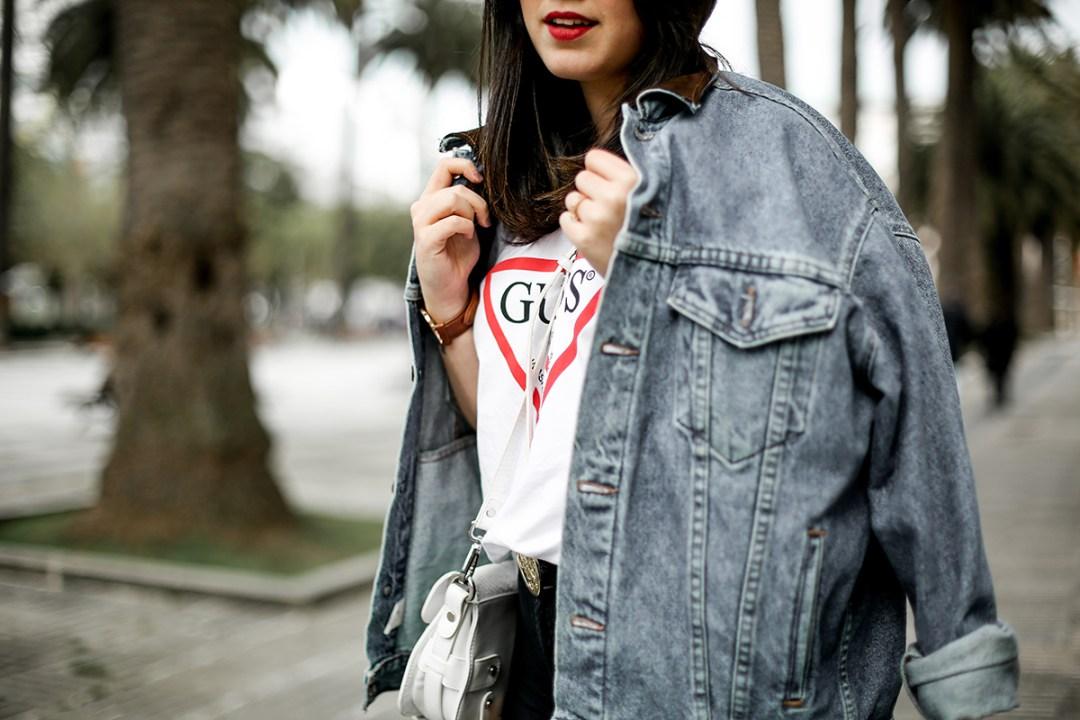guess-originals-shirt-ripped-jeans-vans-old-skool-myblueberrynightsblog4