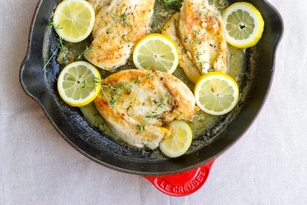 Meet your new favorite weeknight dinner - quick and easy lemon thyme chicken!