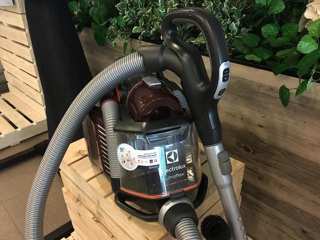 Electrolux UltraFlex Vacuum Cleaner 2