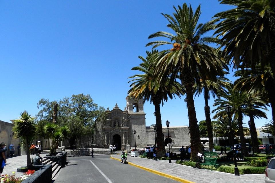Arequipa Plaza de Yanahuara Peru 02