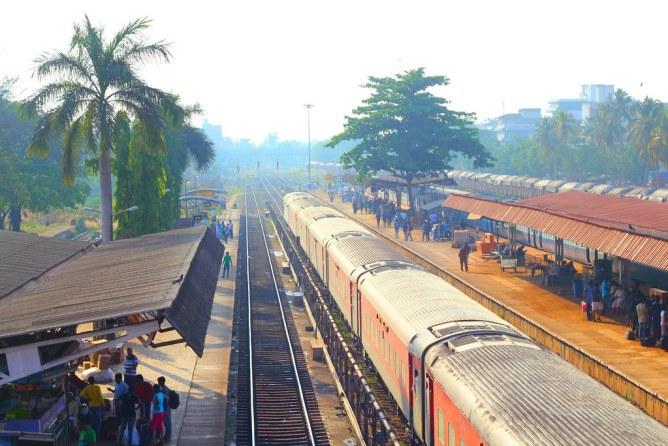 Intia junalla