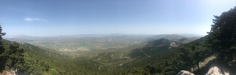 panoramic view of boeotia from mount cithaeron - site of plataea battle