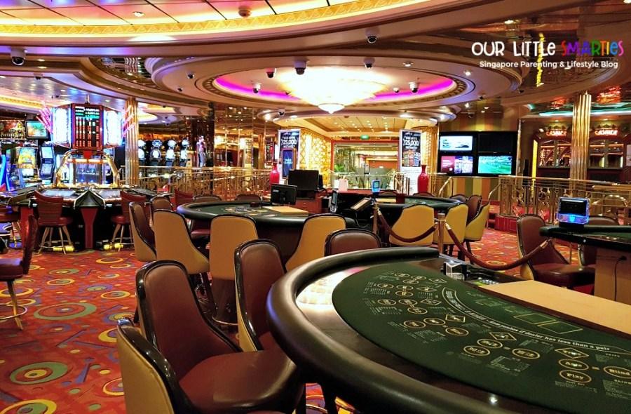 Casino Royale on Mariner of the Seas