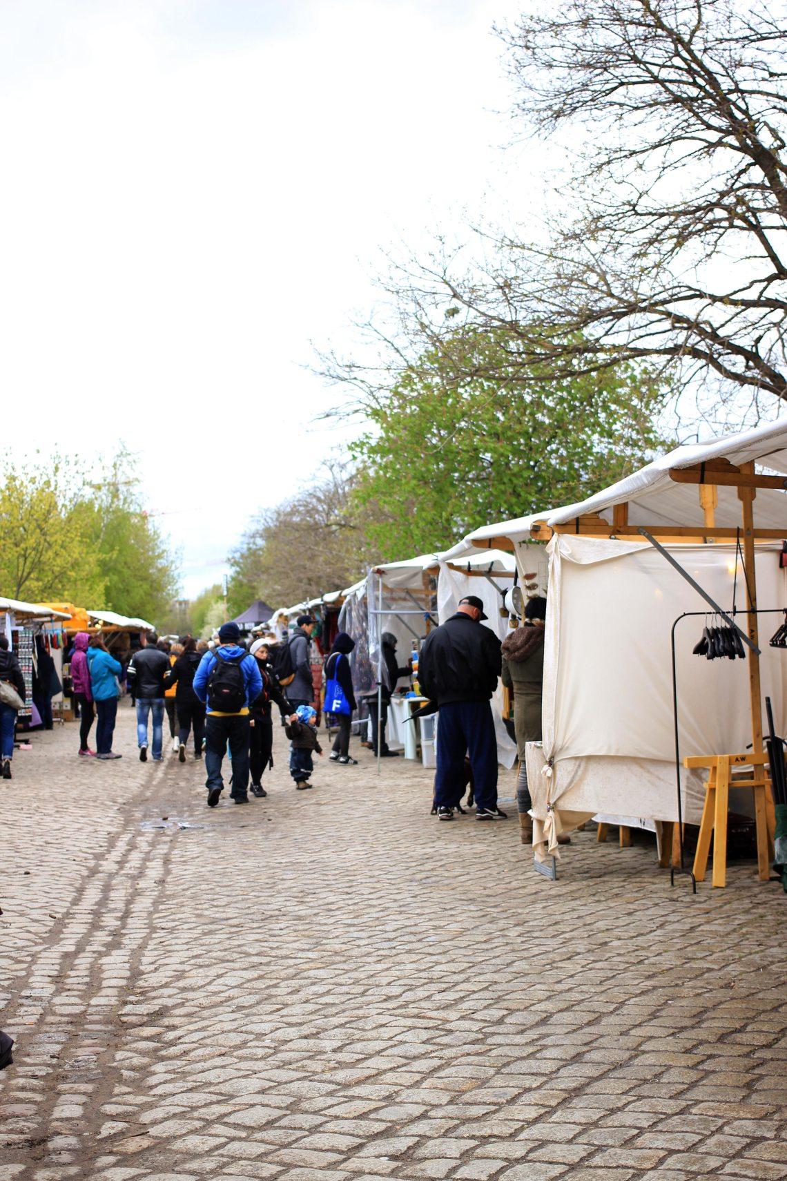 Flohmarkt Mauerpark Berlin vintage