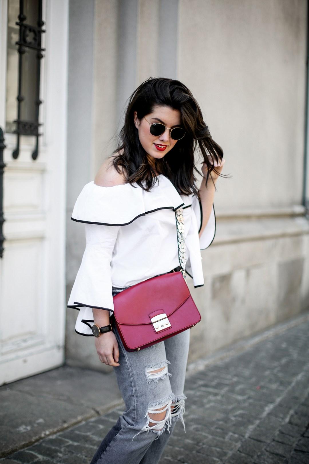 top-hombros-al-aire-volantes-zara-jeans-slingback-chanel-myblueberrynightsblog17