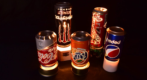 Lampara Giratoria con Latas de Bebidas 2  Con latas de