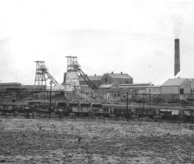 Frickley Colliery Late 50s Possibly Early 60s By Osgoldcross Photography