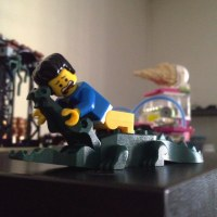 """Minifigure series """"The Lego Movie"""" and the crocodile 