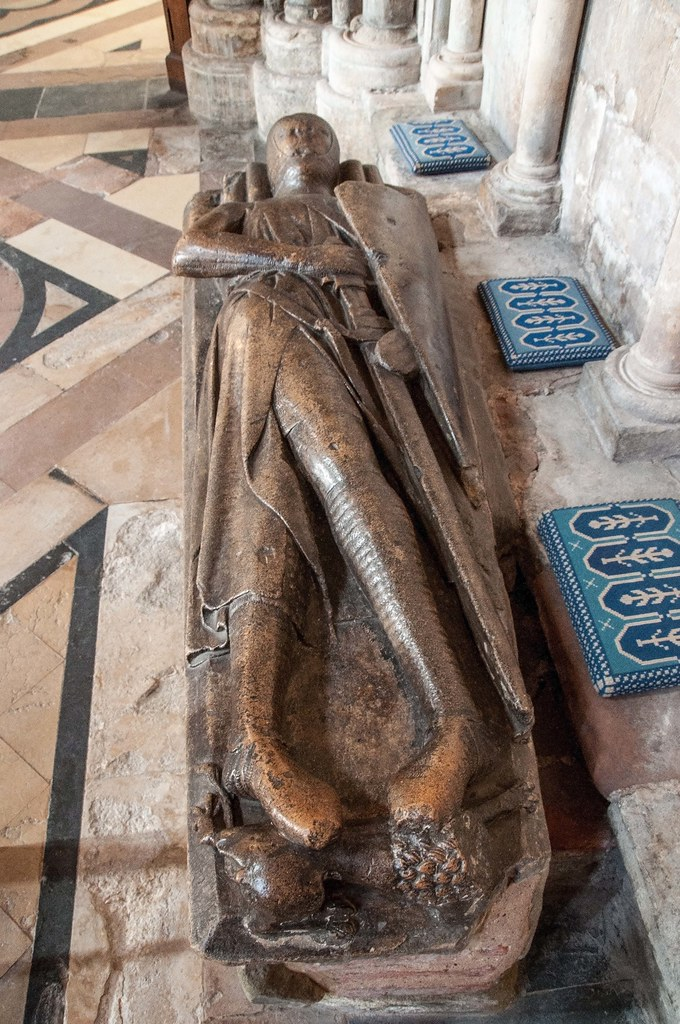 13th Century knight Worcester Cathedral  Monument to