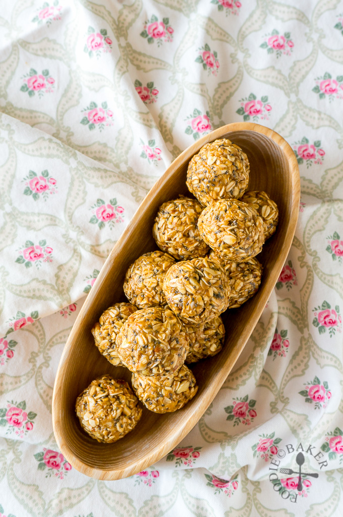 Peanut Butter and Oatmeal Energy Balls