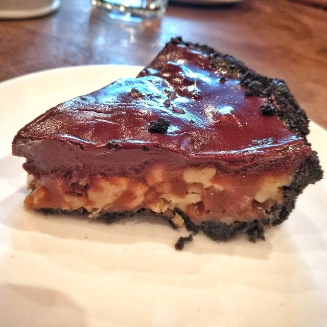Choco caramel pecan tart