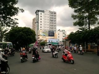 insane traffic saigon junction