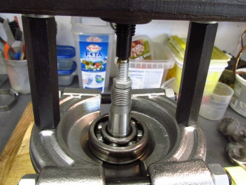 10 mm Bolt Protects Face of Output Shaft