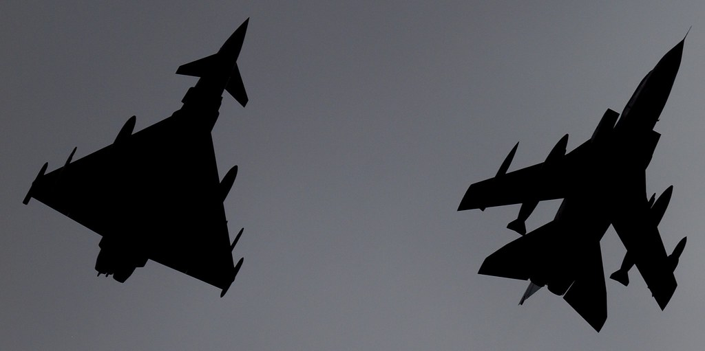 2014_07_0352  Silhouette Typhoon Eurofighter FGR4 and