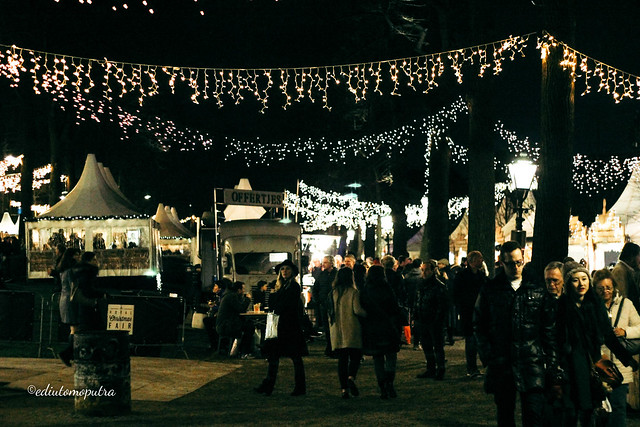 night market den hag.jpg