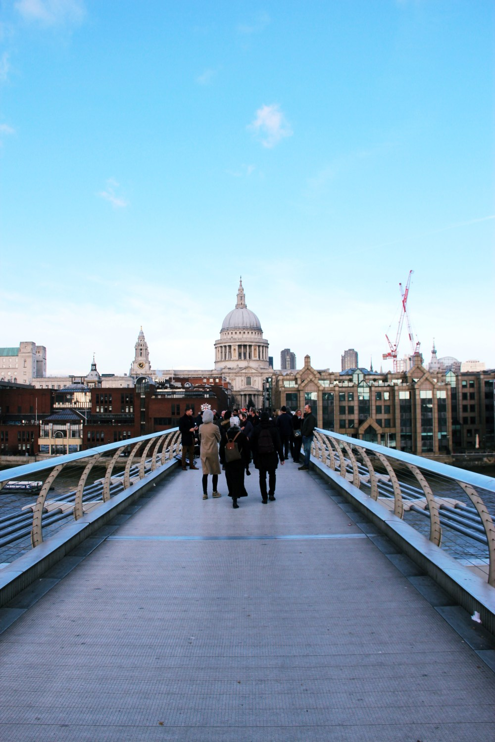 11 Dec 2016: Millennium Bridge | London, England