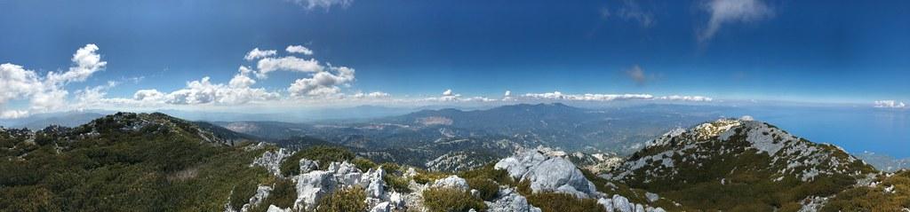 πανοραμική θέα βόρειας εύβοιας από την κορυφή του όρους πυξαριάς