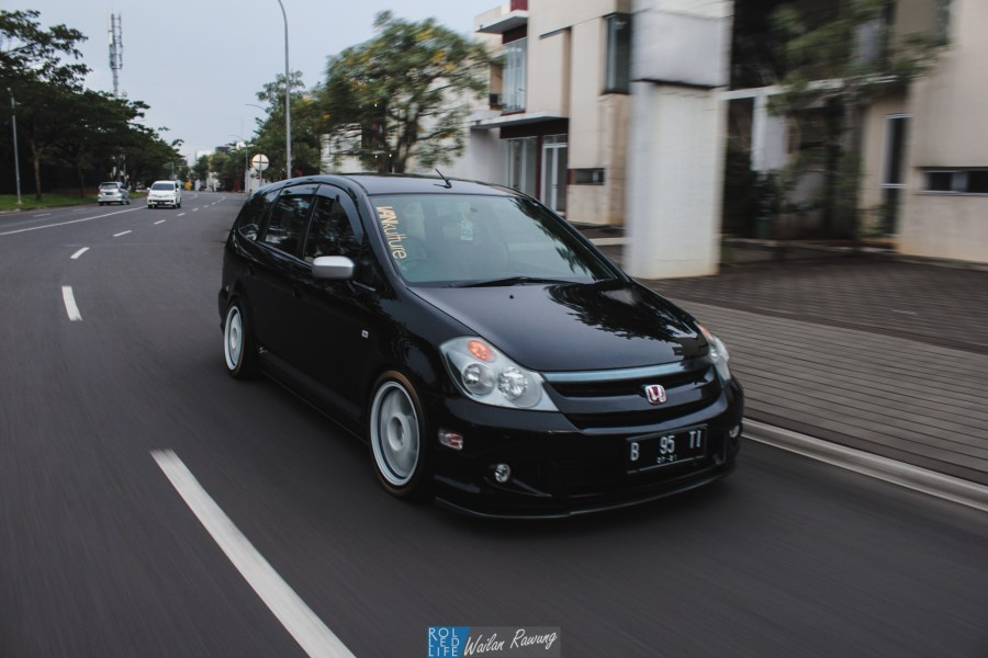 Dhuran Honda Stream JDM-7