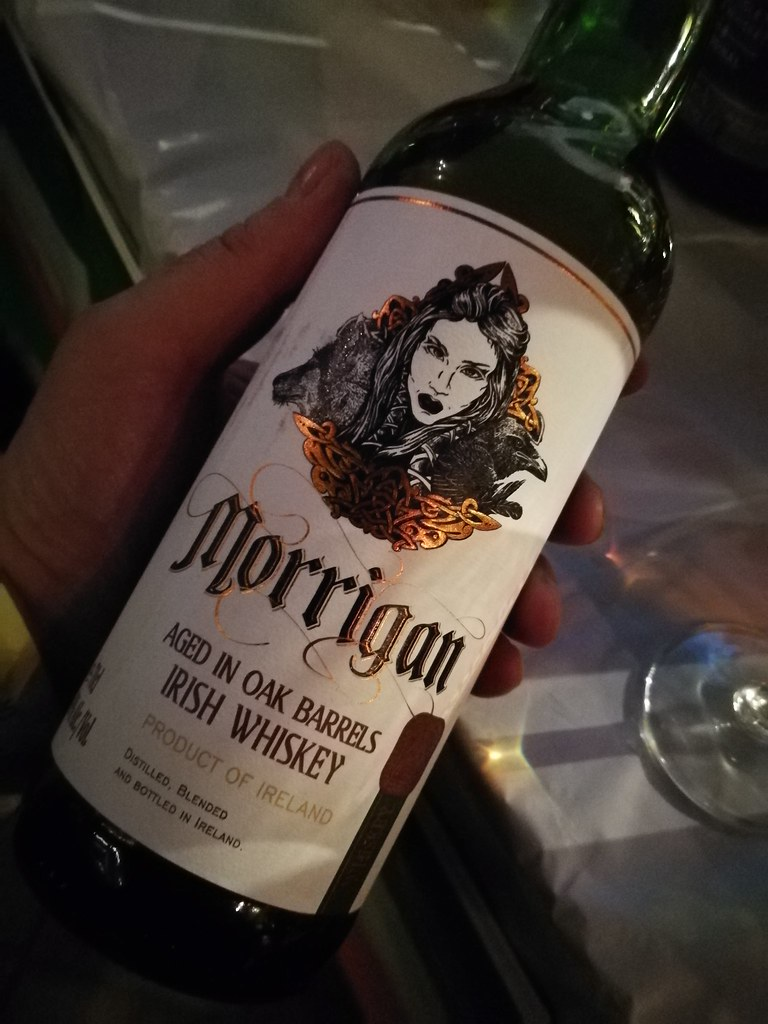 Een licht rokerige Morrigan Irish Whiskey