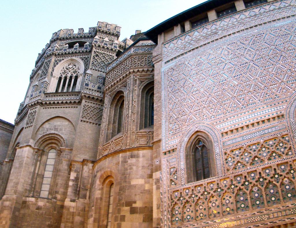 Zaragoza Absides y muro de la parroquieta La Seo Catedral de San Salvador 59