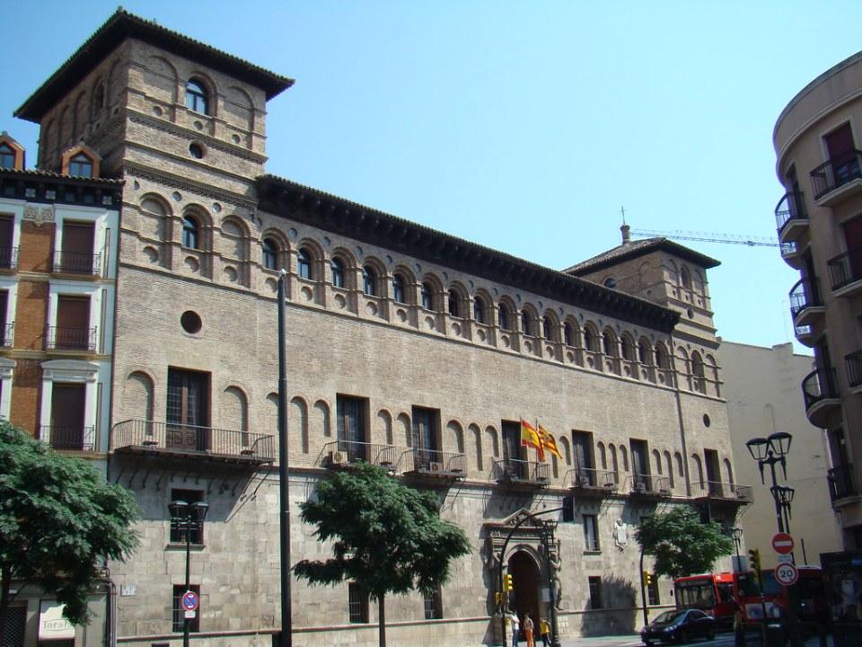 Zaragoza Palacio de los Condes de Morata o Palacio de los Luna 20