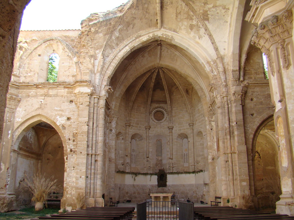 El presbiterio altar mayor Iglesia del Monasterio de Piedra Nuevalos Zaragoza 45
