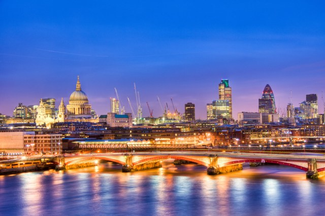 London Love: 11 Free Valentine's Day Date Spots in London