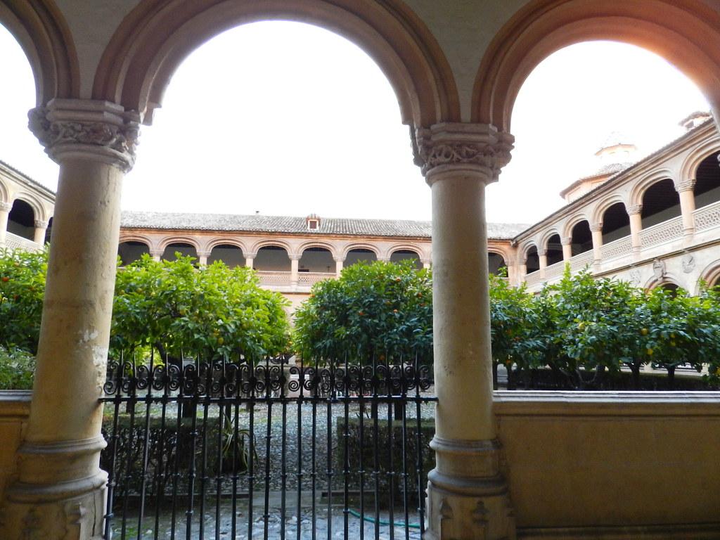 Granada claustro Monasterio San Jeronimo 09