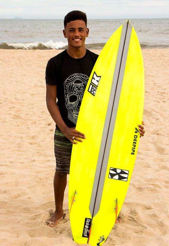 SURF – Jovem já foi campeão em diversas categorias, desde o petit até o adulto