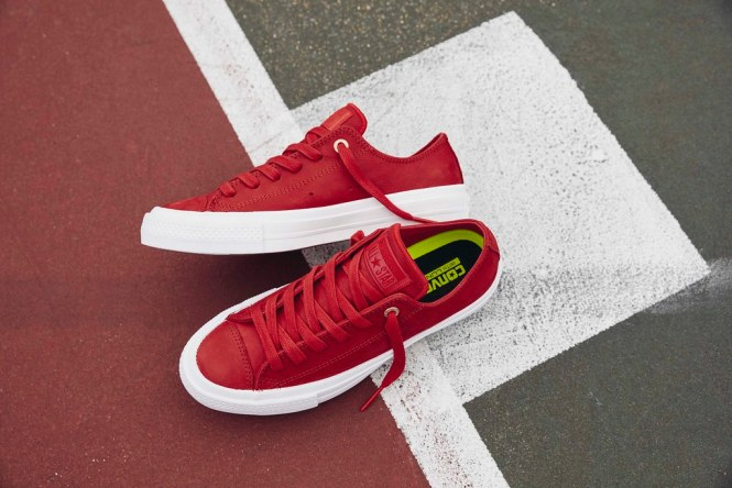 Chuck Taylor All Star II Craft Leather Ox in casino red.