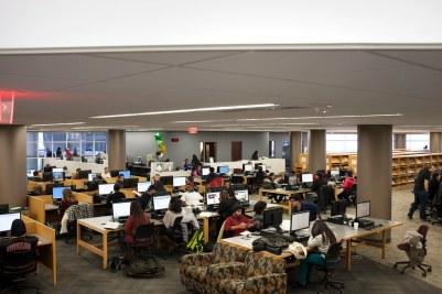 College de DuPage computer labs
