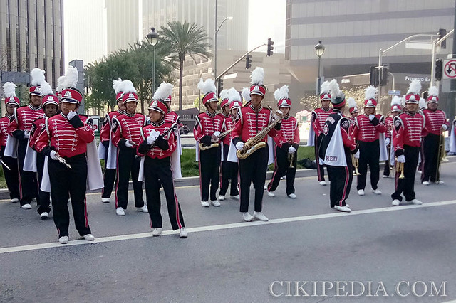Band performing along the 42KM route