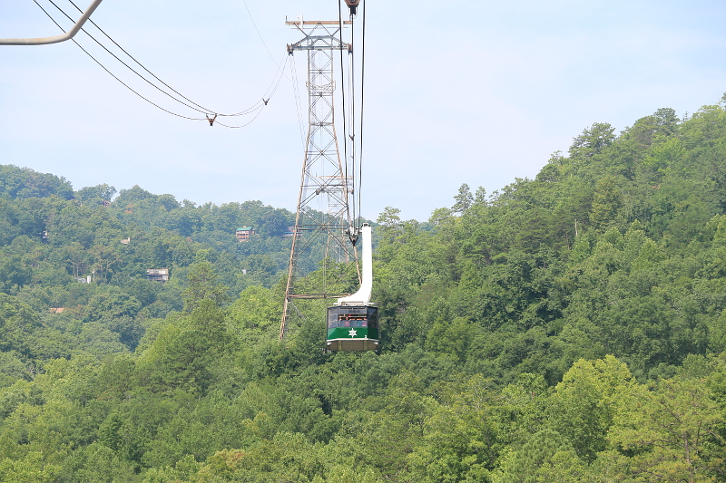ober-gatlinburg-aerial-tramway-1