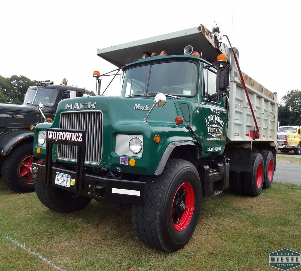 hight resolution of  mack dm dump truck by daily diesel dose