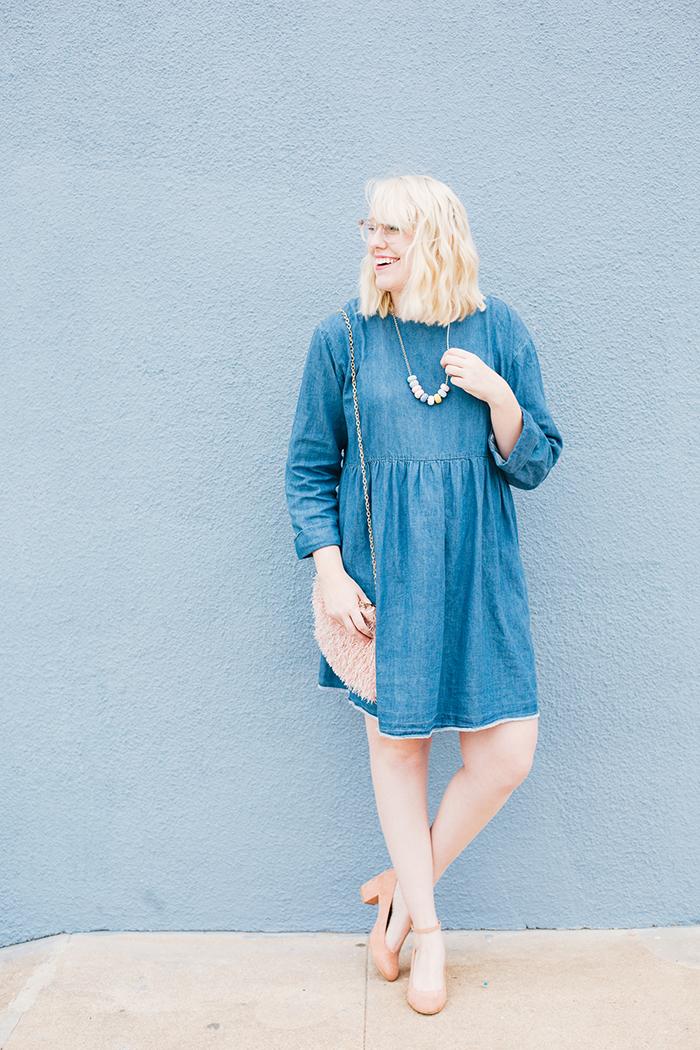 how to wear a denim dress1