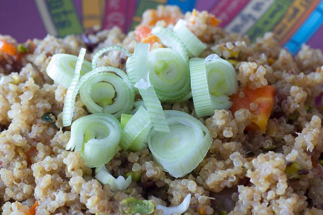 Quinoa con pasas y pistachos