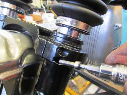 Tightening Fork Slider Clamp Allan Bolts Incrementally and Cross-wise