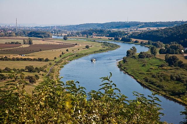 Elbe Richtung Dresden