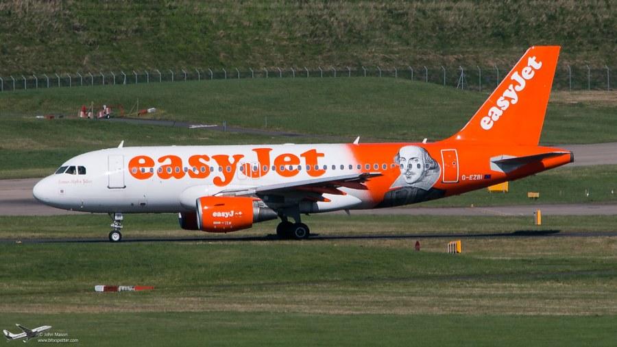 G-EZBI A319 EASYJET