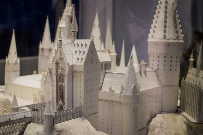 Warner Bros Studio London Harry Potter Hogwarts Castle Paper Model