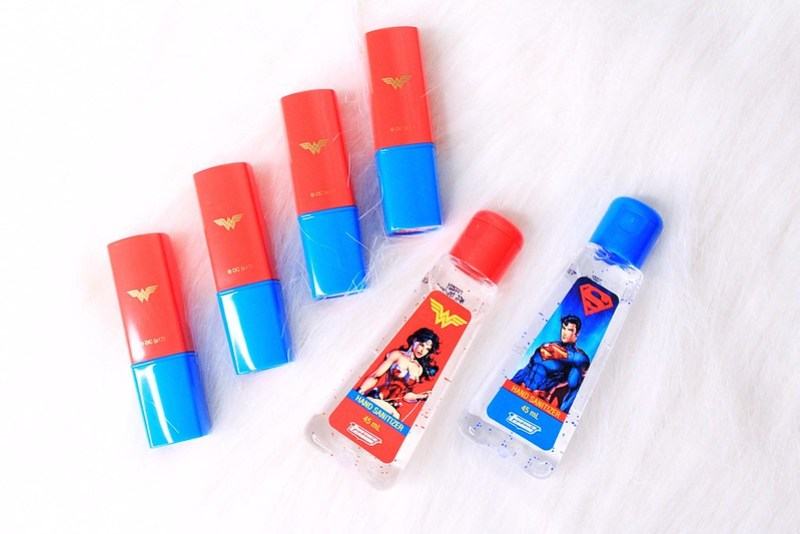 TWB Justice League Hand Sanitizer Superman & Wonder woman