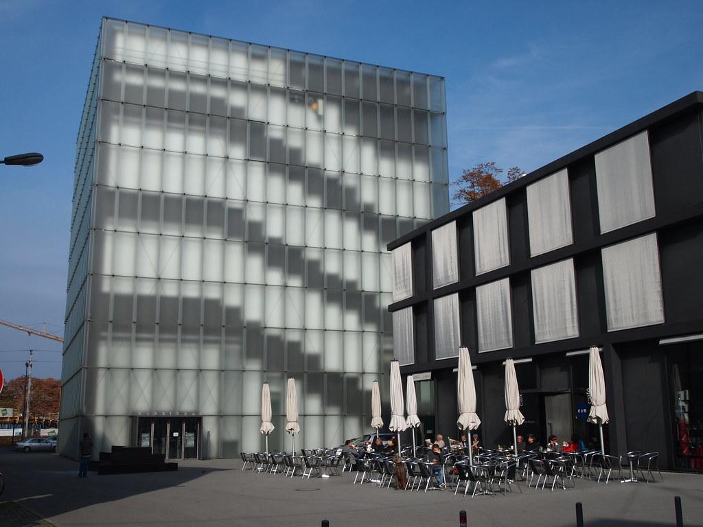 Kunsthaus Bregenz 2 Peter Zumthor S Kunsthaus Bregenz In