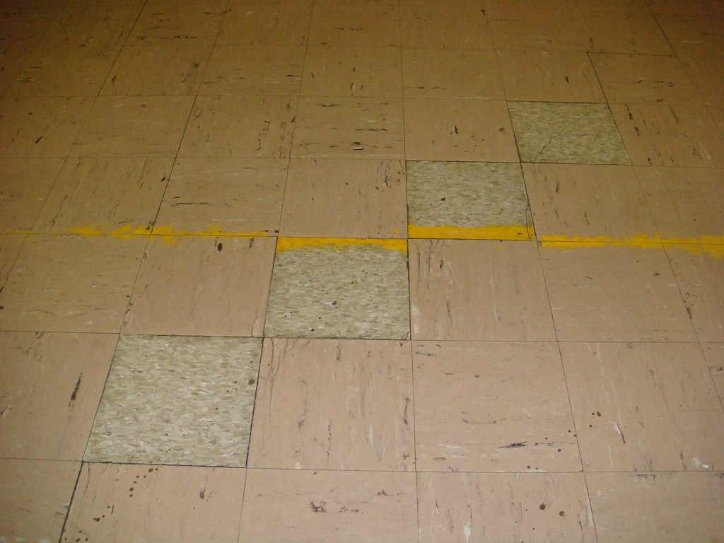 9x9 Asbestos  NonAsbestos Floor Tile  Older 9inch