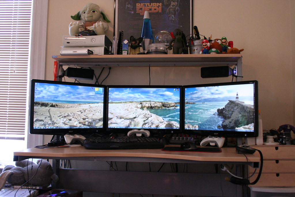 Seamless  3 identical Acer H233H 23 LCD Monitors My