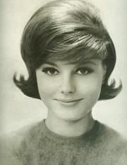 classic early 60's hairstyle