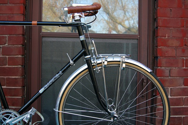 Gardin City Bike  Nice bend on the fork Velo Orange
