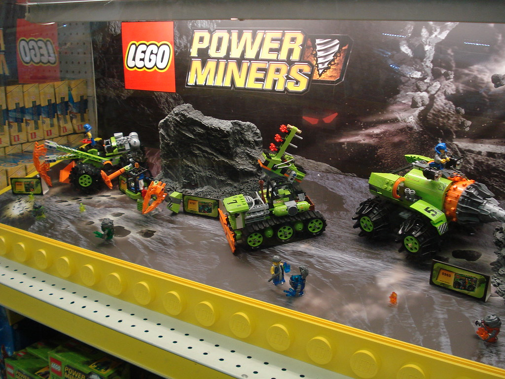 3d 3d Wallpaper Lego Power Miners Display Tru Near Newpark Mall Flickr