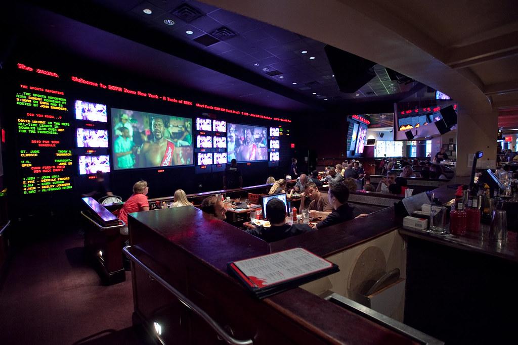 ESPN Zone in New York  ESPN Zone restaurant and sports