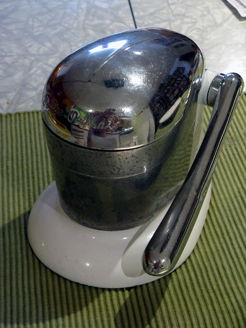 Vintage Juicer  The Juiceomat  A vintage Juiceomat