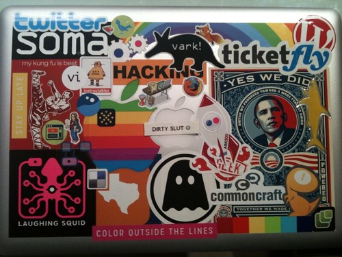 Foto Wallpaper 3d New Laptop Stickers Coley Really Did All The Work Look